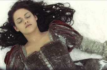 'Snow White and the Huntsman' in first place