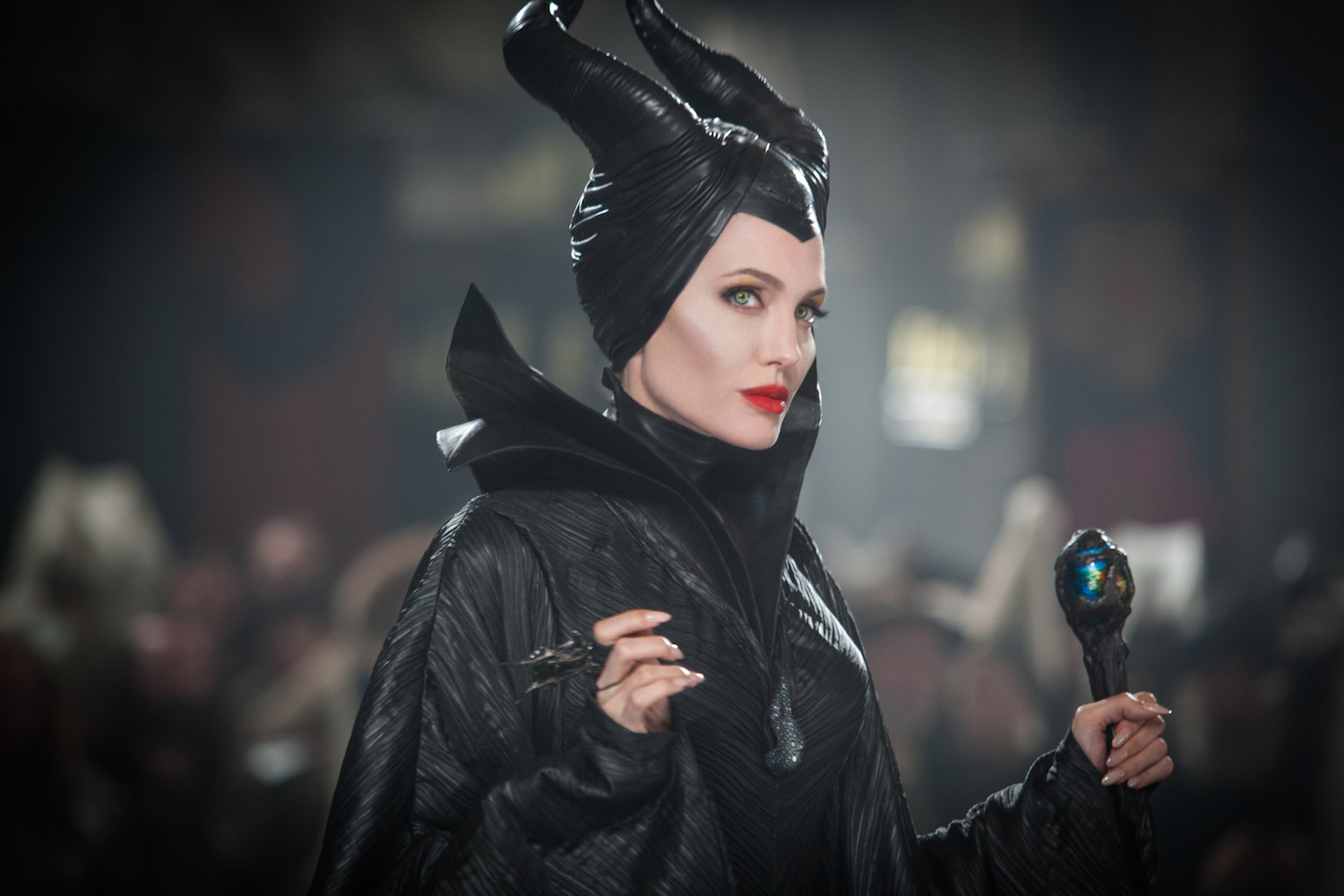 "Q&A With Manuel Albarran Who Dressed Angelina Jolie's ""Maleficent"" In Bones and Teeth"