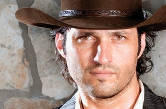 Robert Rodriguez to direct new 'Predator' and 'Machete'