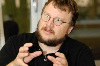 Guillermo Del Toro to direct 'The Haunted Mansion'!
