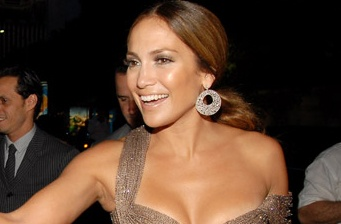 Jennifer Lopez to present at 2012 Oscars