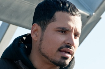 Michael Peña will star in 'Chavez' from Diego Luna