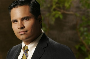 Michael Peña to star on Fox's 'The List'